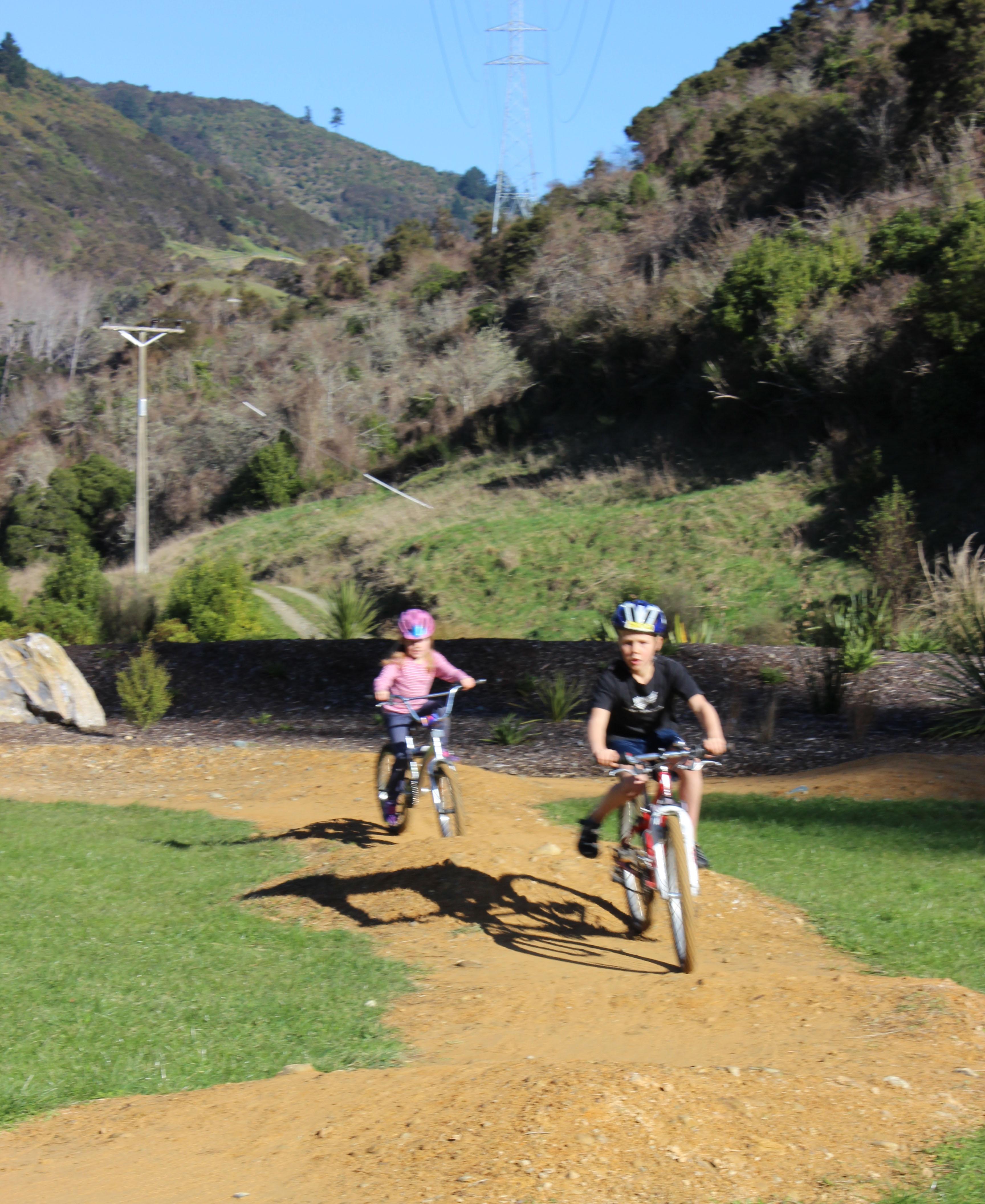 Follow leader riding cycling kids Waimarama sanctuary pump track goRide