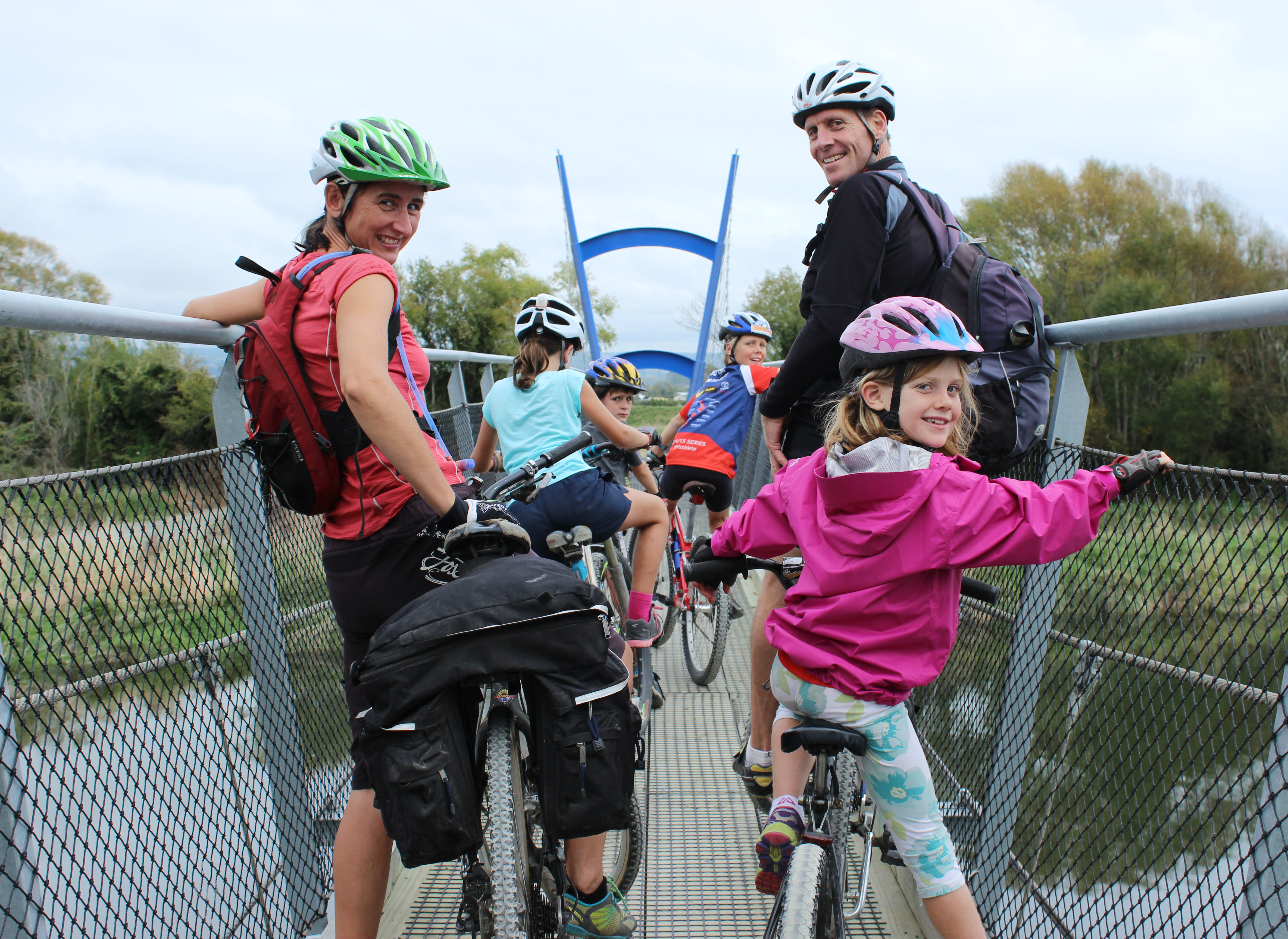 get inspired bike Nelson Kaiteriteri kids  great taste trail bridge crossing goRide
