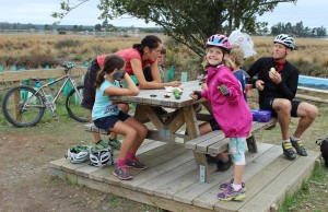 get inspired bike kids Nelson Kaiteriteri New Zealand Great Taste Cycle Trail  food stop goRide