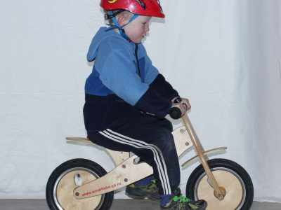 Learning to ride. balance bike. goRideot contact gliding stage balance bike goRide