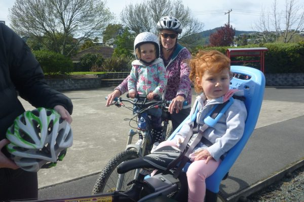 Kids bike seats. goExplore. Shop goRide