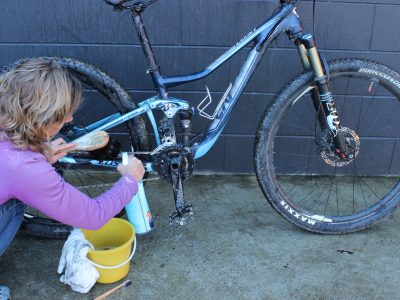 Cleaning & chain products. Buying Guide.goRide