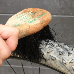 Bike brush cleaning bicycle tyres goRide