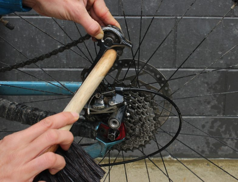 How To Use A Bicycle Brush For Cleaning Goride Co Nz