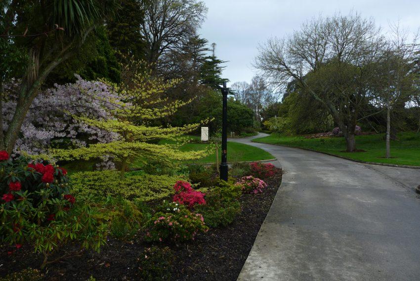 Oamaru Public Gardens. Alps to Ocean. goRide
