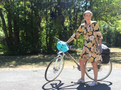 goUnders bike in a dress goRide