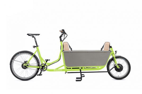 Radkutsche Long John cargo bike. Transporting a family. goRide
