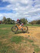 Mountain bike helmet & knee pad combo for jumping