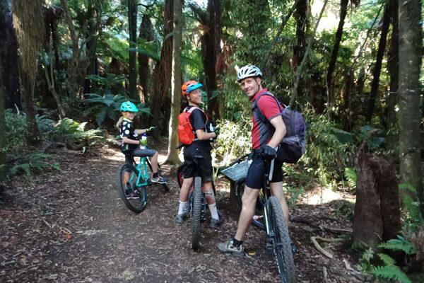 Riding the trails Rotorua Mountain Bike Park goRide