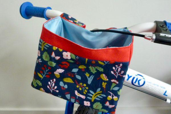 Handlebar Bag on ByK balance bike.goRide