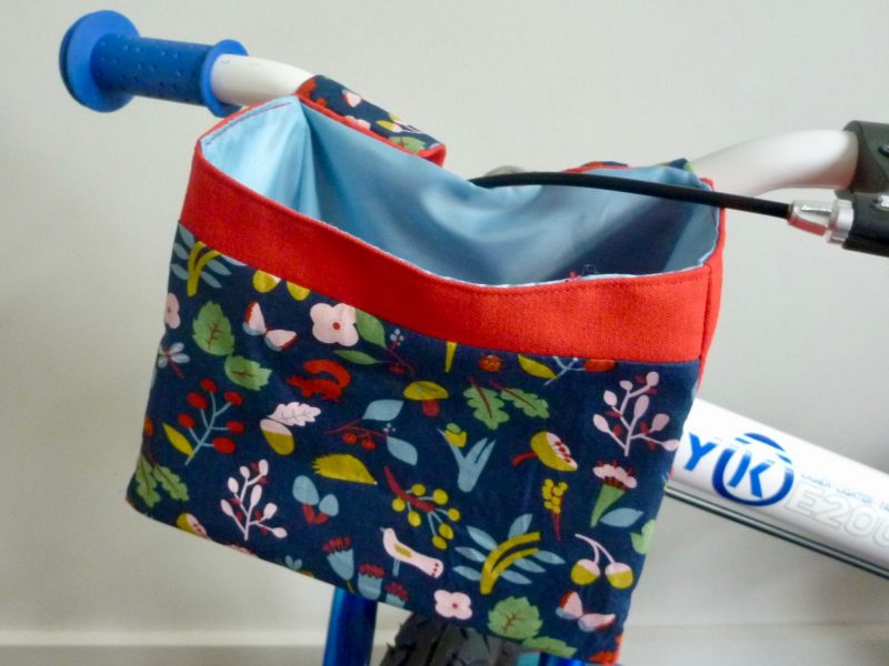 Handlebar Bag on ByK balance bike.goRide