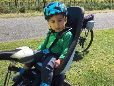 Thule rear seat & toddler helmet combo.goRide
