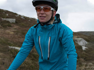 waterproof training jacket 400 x 300